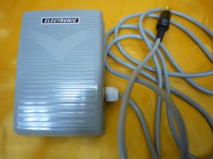画像1: 新品★ジューキHZL9800 9900 フットコントローラー/差込プラグセット