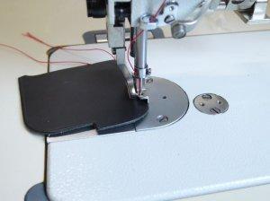 画像2: 新品★工業用上下送りミシン用 コパステッチ押さえ(段押さえ)